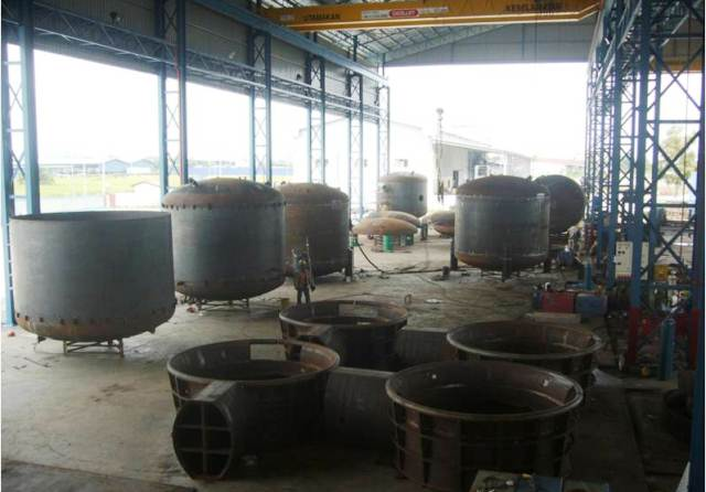 You are browsing images from the article: Bulk Storage Tanks